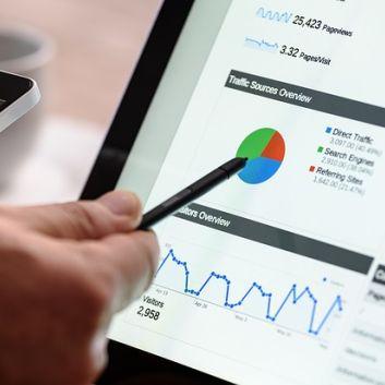 4-Hot-Digital-Marketing-Jobs-Salary-Data-Is-a-Career-in-Digital-Marketing-for-You.jpg